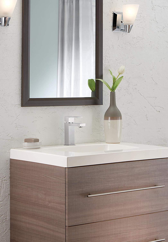 Delta Faucet Modern Single